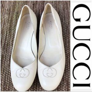 Gucci Cream Ballet Logo Flats
